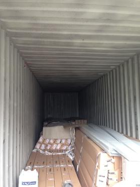Tutta la merce scaricata e stoccata in un container del nostro ricevimento merci