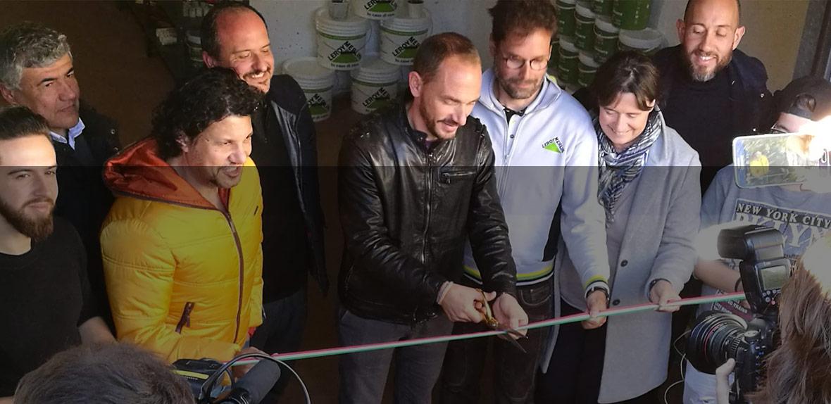 Inaugurazione dell emporio fai da noi di campi bisenzio for Leroy merlin csr
