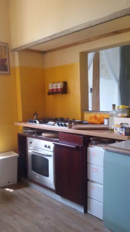 Cucina di comunità: pavimento, vernici, materiale elettrico